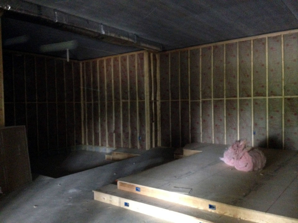 Heat pump and HVAC system providers handing insulation to maximize their system's power efficiency